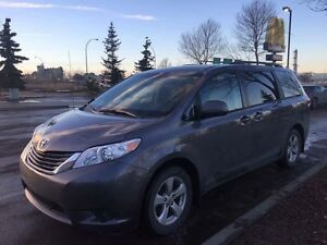 2011 Toyota Sienna LE for Sale!