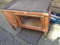 rabbit hutch good condition only £10.00