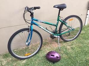 Girls Bike and Helmut Kiama Kiama Area Preview
