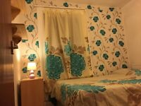 Bright Clean Double Room (£600 inc bill) To Rent in Hornsey with Canal view and Canal Side walking.