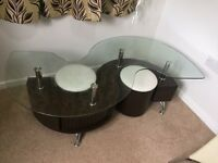 Coffee table - Glass top S shaped with 2 Faux leather stools Dark walnut
