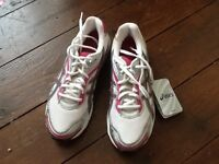 Women's Asics Gel-Galaxy 3 trainers, size 39, new