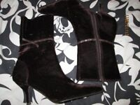 CHOCOLATE BROWN VELOUR BOOTS SMALL HEEL SIZE 4 BRAND NEW BY SHOE FAYRE