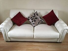 Cream leather sofa and two arm chairs. !!REDUCED PRICE!! OR MAKE ME AN OFFER!