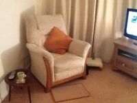 3 piece suite, 3 years old , very good condition .