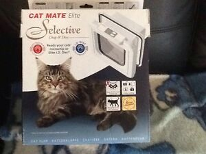Cat mate elite Electronic Cat/small Dog Door Maryland Newcastle Area Preview