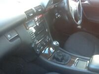Mercedes c class 2005 manual 6 speed,