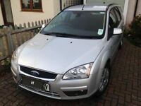Ford Focus ghia estate 2.0 auto