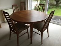 Koefoeds Hornslet Danish solid Teak circular extending dining room table and 5 chairs