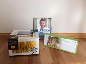 Marcato Atlas 180 Pasta Machine + ravioli set + pasta book