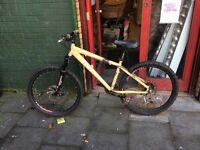 Kona stuff mountain bike, high spec jump bike/xc hardtail