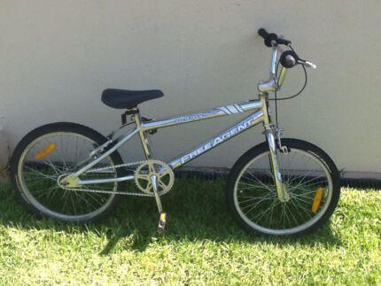 Se Racing Wildman 20 Inch Black Blue Bmx Mid New School Bike