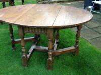 Gateleg drop leaf dining table