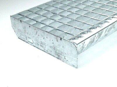 Gitterrost Treppenstufen, Treppen, Stufe  800 x 240 mm, Tragstäbe 30 x 2 mm
