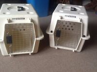 2 x Petmate Vari Kennel IATA approved pet crates for cat/small dog