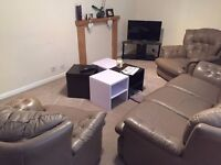 double room to rent in a 2 bedroom flat 550 pm including bills
