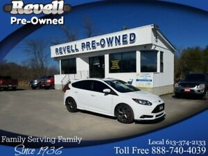 2014 Ford Focus ST | Moonroof | Leather | Navigation
