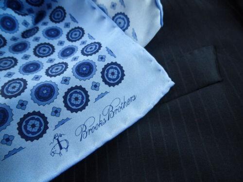 BROOKS BROTHERS Pocket Square 100% Silk  Pochette Handkerchief Medallions - New