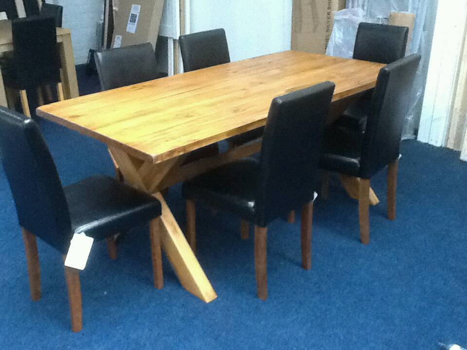 £185 - Didsbury 180cm Dining Table with 6 Black Chairs - new and unused - delivery available