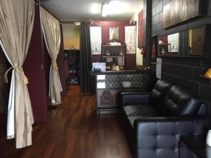 Traditional Thai Massage Phloynuch for sale