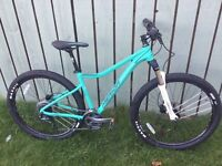 Women's Merida Juliet mountain bike
