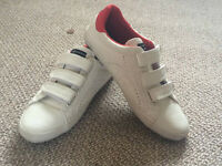 white ''1904 '' lether trainers like new ( wear few times) size uk 7 and 41 ) european