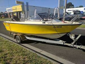1990 Streaker 4.58m 2013 60 HP Mercury only 30 hours on engine St Kilda Port Phillip Preview