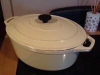 Chasseur cast iron large casserole