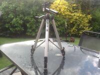 Camera tripod. EX 3 B