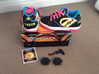Heelys original wheel shoes Black/Neon Multi Size 3