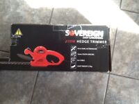 Brand New still boxed 400w lightweight hedge trimmer.