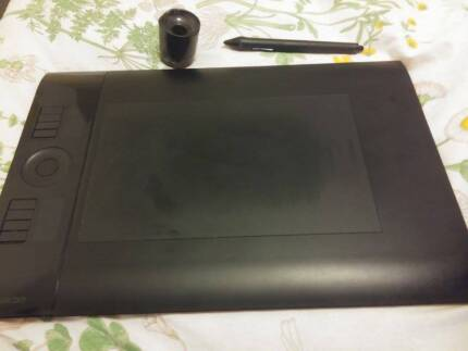 Wacom Intuos4 Drawing Graphics Tablet (PTK-640) GREAT CONDITION South Yarra Stonnington Area Preview