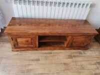 CAN DELIVER - SOLID HARDWOOD TV CABINET IN VERY GOOD CONDITION