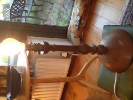 Oak table lampbase