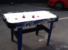 Air hockey table selling to clea £15