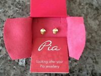 "#A NEW PRICE#. New unworn pierced Earings by Pia ""cupcakes"". Bargain."