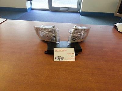 FORD ESCORT RS2000 MK5 XR3i NEW FRONT BUMPER CLEAR INDICATOR LAMP SET *NEW*