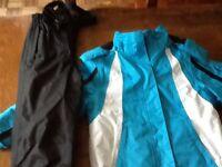 Childs ski suit Age 7/8 jacket and salopettes