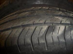 4 pneus d'été usagés, Michelin Harmony 175/70/14.