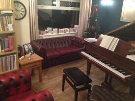 Piano lessons with professional performer Liam G Lees DipLCM ANCM FGMS