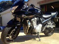 Black Suzuki Bandit 1250s