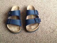 1 pair of ladies Birkenstock sandles