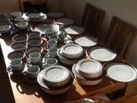 Purbeck pottery dinner service for six people