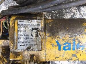 Treuil yale 1/2 tonne 575 volt 10 pieds chaine