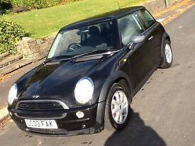 2003 MINI ONE SHOWROOM WITH LEATHER