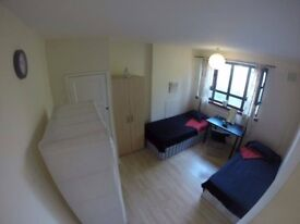 SINGLE BED IN A TWIN ROOM TO RENT (SHORT PERIOD) NO DEPOSIT NO CONTRACT