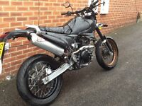 125 sinnis Apache new back wheel new chain minor problem cam chain will need doing