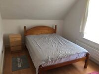 Double room in Tooting Broadway