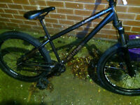 Lapierre 1.2 Raft Hard tail 2011 jump bike, Great condition, swap for PS4 or XBOX ONE