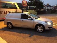 VAUXHALL ASTRA VAN 1.9 DIESEL AUTOMATIC VERY ECONOMIC 75 MILES PER GALON TAX AND MOT READY TO DRIVE